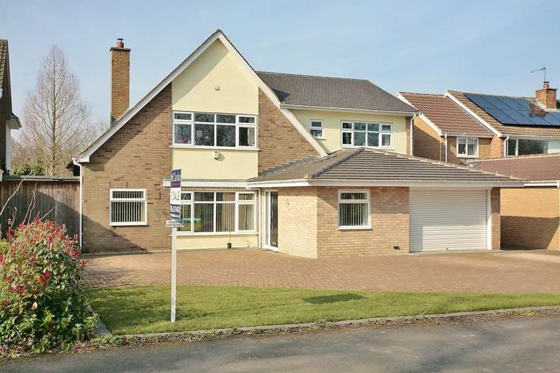 4 Bedrooms Detached House for sale in Beverley Road, Leamington Spa