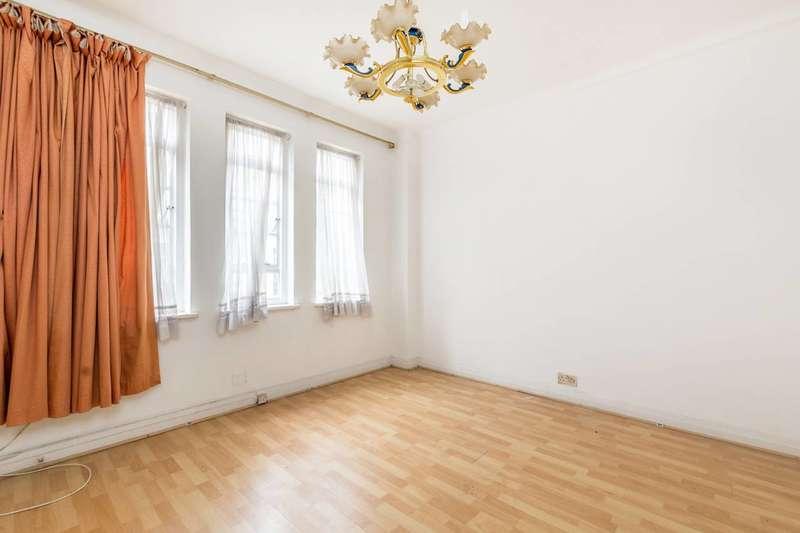 1 Bedroom Flat for sale in Hatherley Grove, Queensway, W2