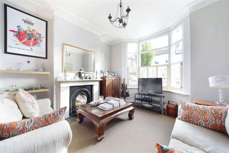 3 Bedrooms Terraced House for sale in Alderbrook Road, Clapham South, London, SW12
