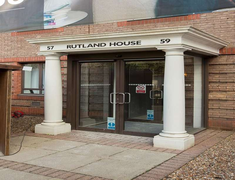 1 Bedroom Flat for sale in Rutland House South Street, Epsom, KT18