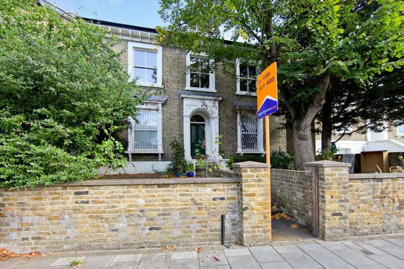 2 Bedrooms Flat for sale in Fiveways Road, London SW9