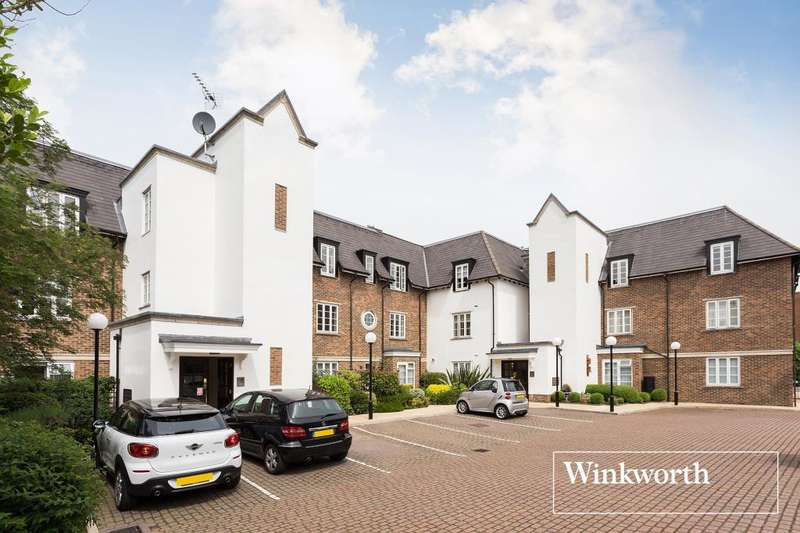 2 Bedrooms Flat for sale in Voysey Close, Finchley, London, N3