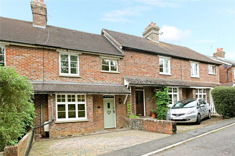 3 Bedrooms Terraced House for sale in Knowsley Cottages, Woodside Road, Chiddingfold, Godalming, GU8