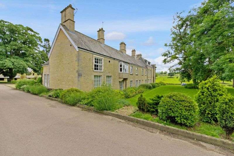 2 Bedrooms Flat for sale in Stretton, Oakham, Rutland