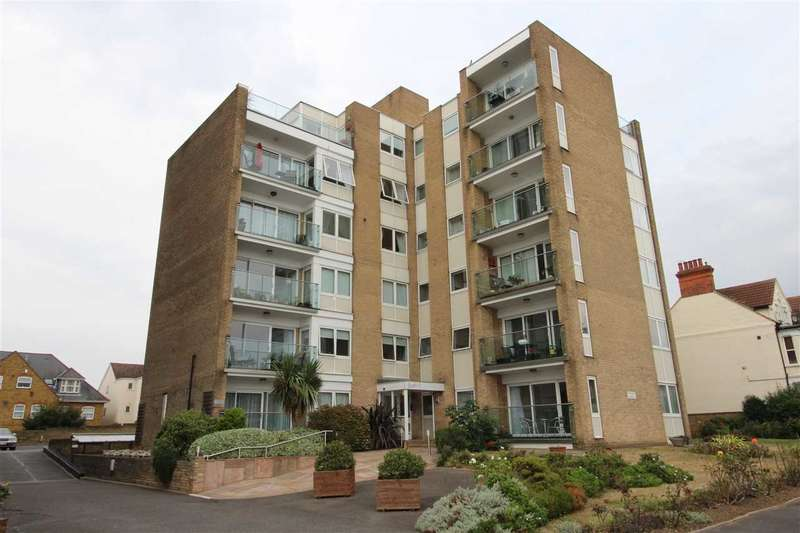 2 Bedrooms Apartment Flat for sale in Overcliff Apartments, Westcliff on Sea