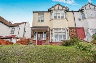 3 Bedrooms Semi Detached House for sale in College Road, Maidstone, Kent