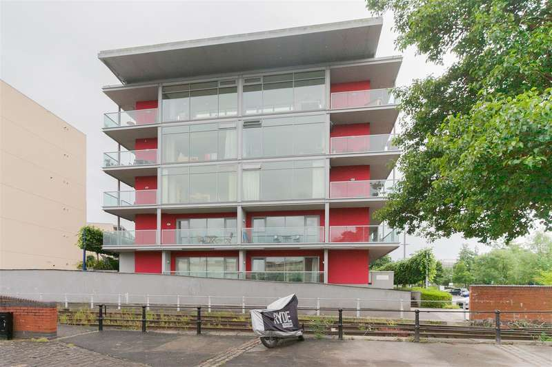 2 Bedrooms Flat for sale in Caledonian Road, Harbourside