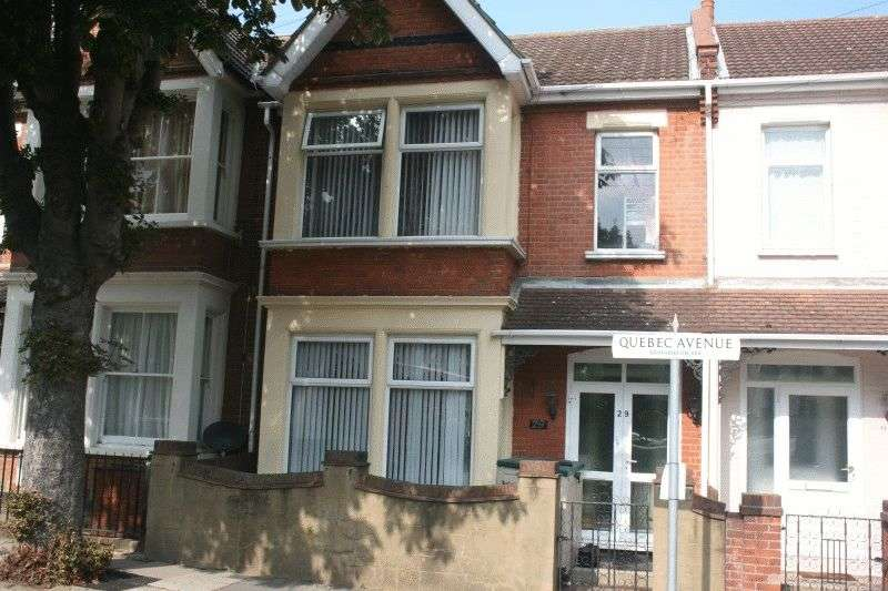 3 Bedrooms Terraced House for sale in Quebec Avenue, Southend-On-Sea