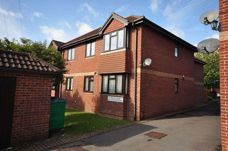 1 Bedroom Flat for sale in Kathleen Road, Sholing, Southampton