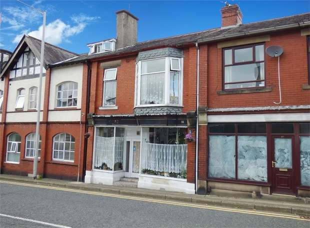 3 Bedrooms Terraced House for sale in North Valley Road, Colne, Lancashire