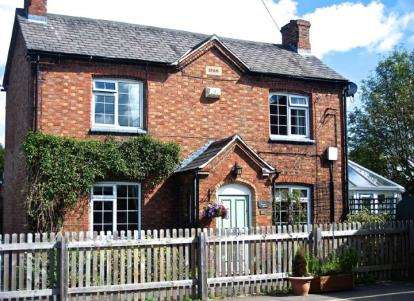 3 Bedrooms Detached House for sale in Main Street, Costock, Loughborough, Nottinghamshire