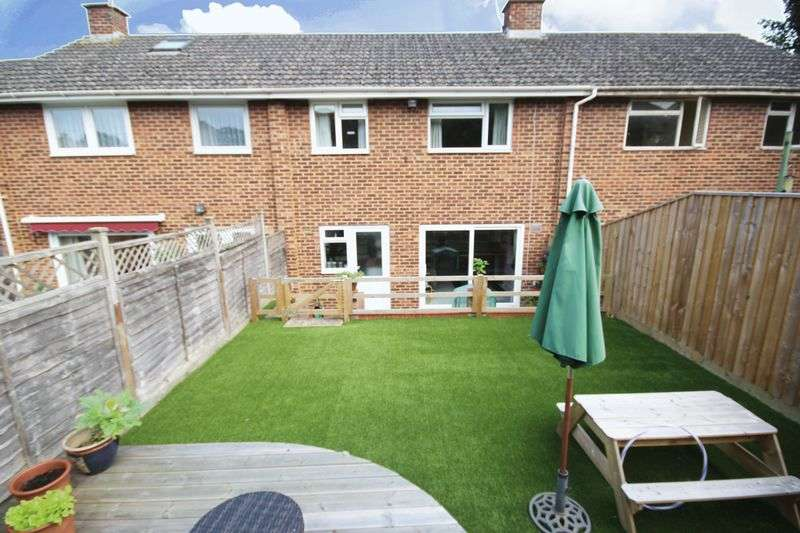 3 Bedrooms Terraced House for sale in CHICHESTER CLOSE, HARNHAM, SALISBURY, SP2