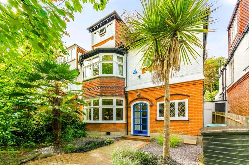 5 Bedrooms House for sale in Southwood Lawn Road, Highgate, N6
