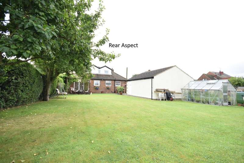 4 Bedrooms Bungalow for sale in Elsicker Lane, Warmfield, Wakefield