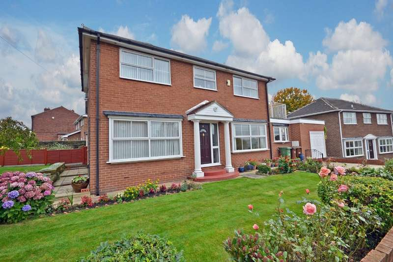 4 Bedrooms Detached House for sale in Laburnum Grove, Horbury