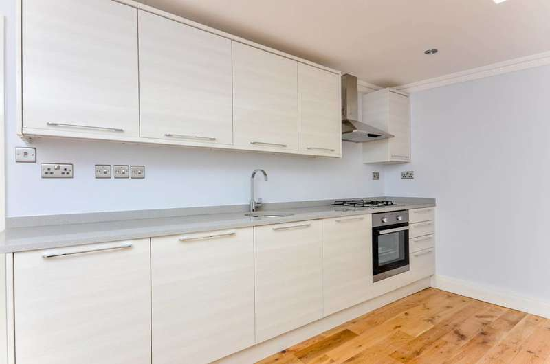 2 Bedrooms Flat for sale in Acre Lane, Brixton, SW2