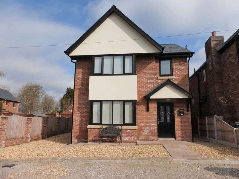 3 Bedrooms Detached House for sale in Shore Farm, off Shore Road, Hesketh Bank, Preston