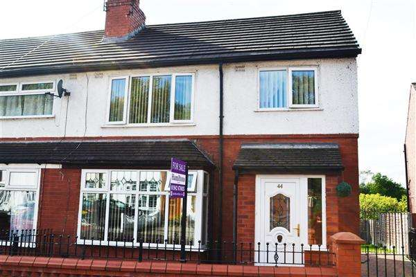 3 Bedrooms Semi Detached House for sale in Pilling St, Leigh