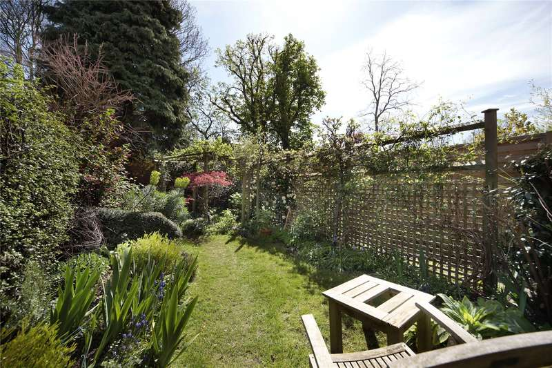 1 Bedroom Flat for sale in Eglantine Road, Wandsworth, London, SW18