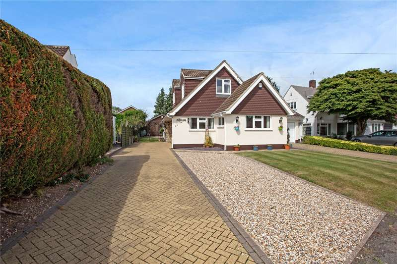 4 Bedrooms Detached Bungalow for sale in The Fairway, Burnham, Buckinghamshire, SL1