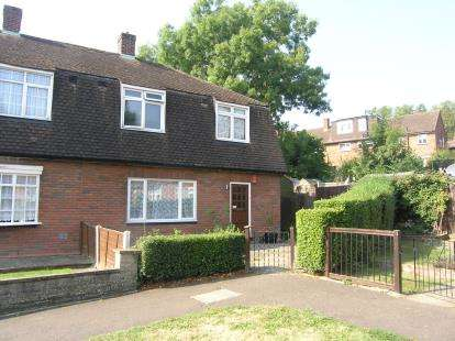 House for sale in Loughton, Essex, .
