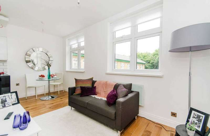 1 Bedroom Flat for sale in Mill House, Iron Bridge, Southall