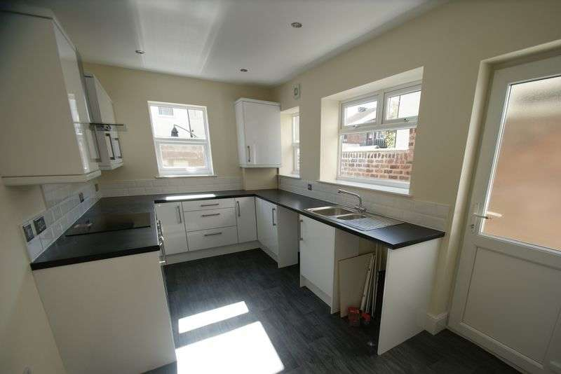 3 Bedrooms Terraced House for sale in Melling Road, Bootle