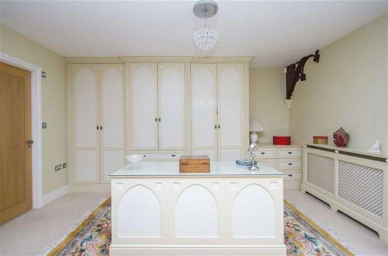 2 Bedrooms Flat for sale in Crescent Road, Beckenham