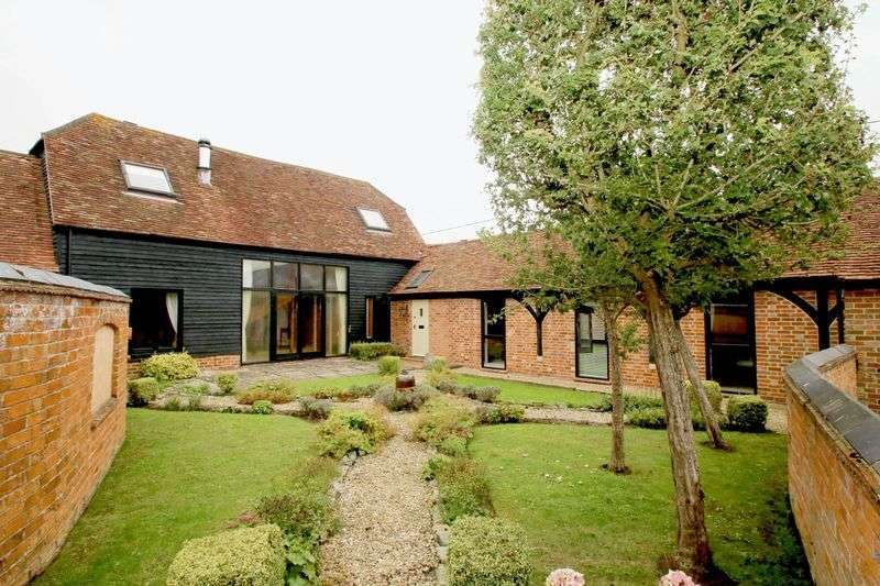 5 Bedrooms Semi Detached House for sale in Moreton, Near Thame, Oxfordshire