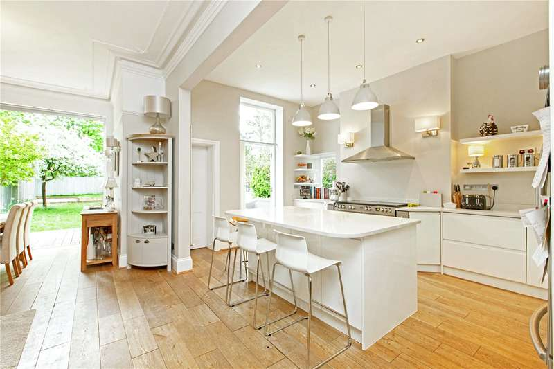 6 Bedrooms Semi Detached House for sale in Bedwardine Road, London, SE19