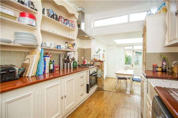 4 Bedrooms Terraced House for sale in Wimbledon Park Road, LONDON, SW18 5TX