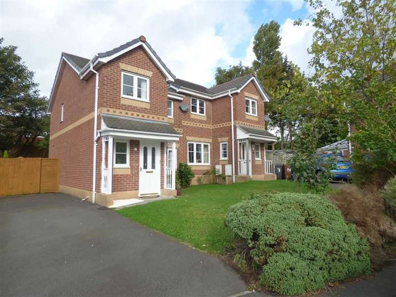 3 Bedrooms Property for sale in Dearnalay Way, Chadderton, Oldham, OL9