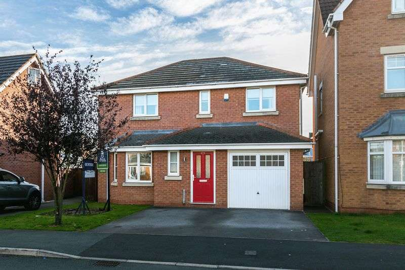 4 Bedrooms Detached House for sale in Weavermill Park, Ashton-in-Makerfield, WN4 9EZ