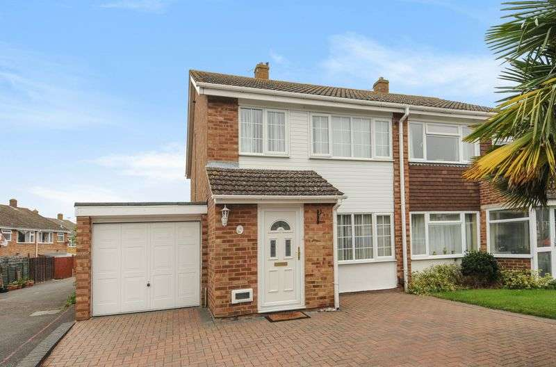 3 Bedrooms Semi Detached House for sale in Longfellow Drive, Abingdon