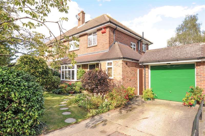 3 Bedrooms Semi Detached House for sale in The Lane, Virginia Water