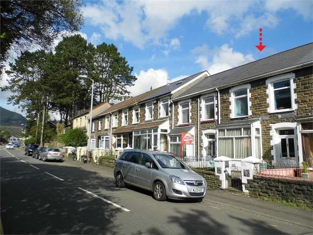 3 Bedrooms Terraced House for sale in Victoria Street, Pontycymer, Bridgend, Mid Glamorgan
