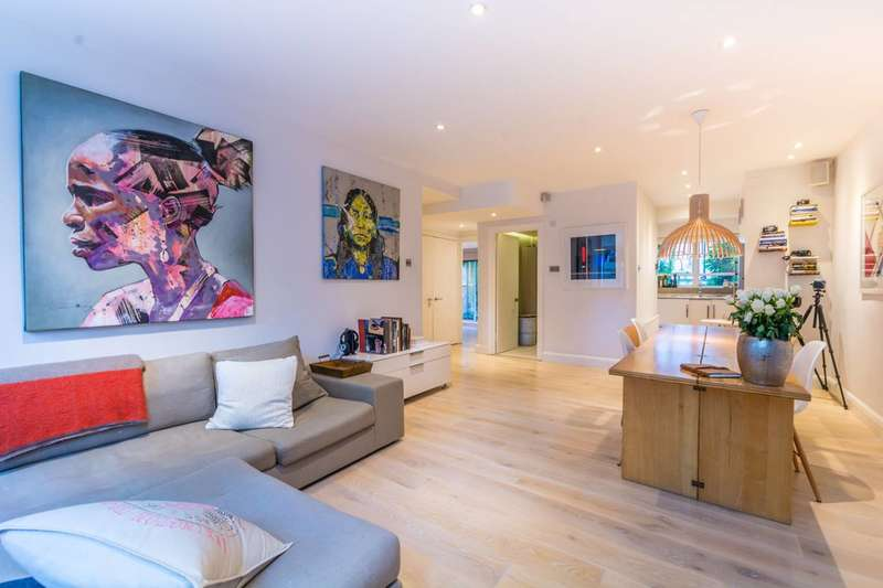 2 Bedrooms Flat for sale in Montagu Square, Marylebone, W1H