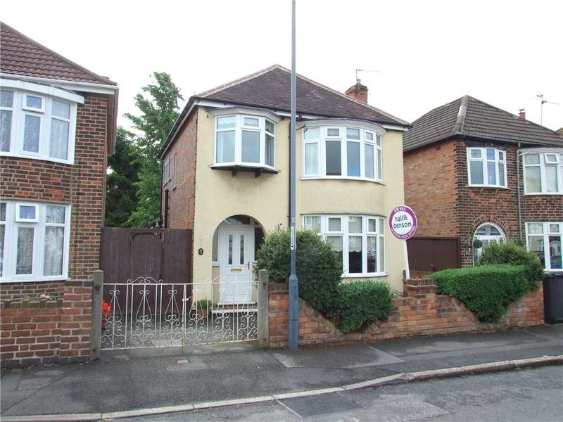 3 Bedrooms Detached House for sale in Cleveland Avenue, Chaddesden, Derby, Derbyshire, DE21