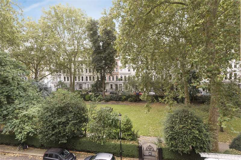 1 Bedroom Flat for sale in Cornwall Gardens, South Kensington, London, SW7