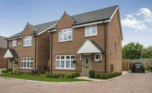 4 Bedrooms Detached House for sale in Lakeside Close, Lakeside Avenue, Faversham, Kent