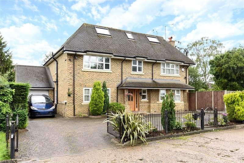 5 Bedrooms House for sale in Highfield Drive, Ickenham, Uxbridge, Middlesex, UB10