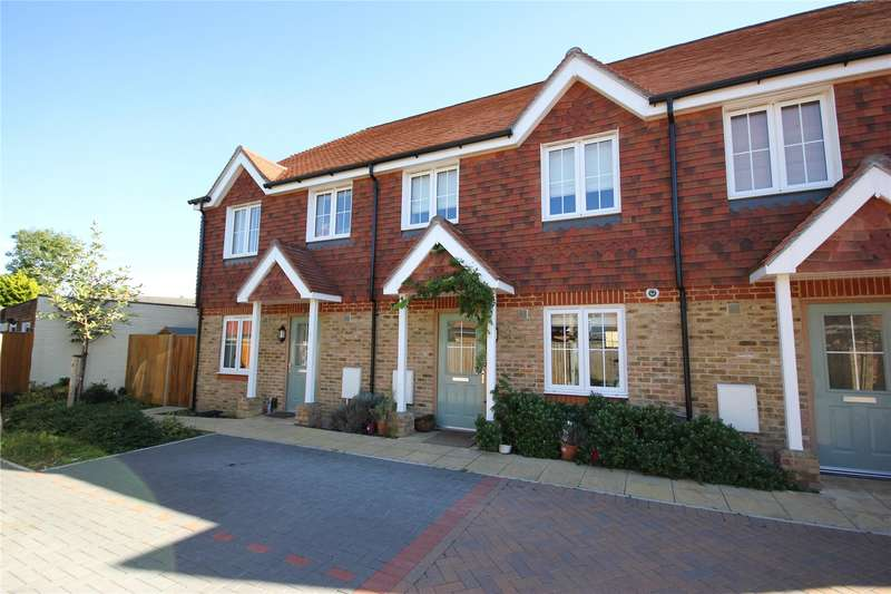 3 Bedrooms House for sale in Russells Mews, Loop Road, Woking, Surrey, GU22