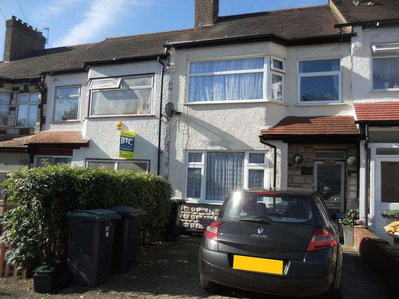 3 Bedrooms Terraced House for sale in Norfolk Avenue, Palmers Green, N13