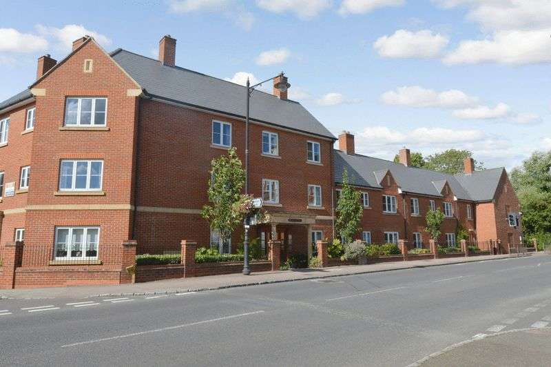1 Bedroom Retirement Property for sale in Newton Court, Olney, MK46 5FN