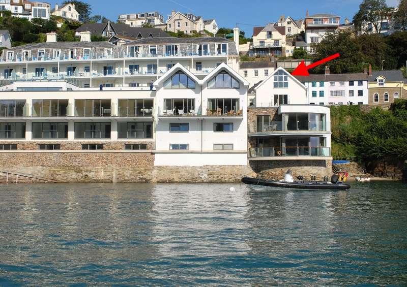 3 Bedrooms Apartment Flat for sale in The Penthouse, 15 Estura, Cliff Road, Salcombe