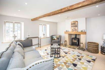 3 Bedrooms Semi Detached House for sale in North Creake, Fakenham, Norfolk