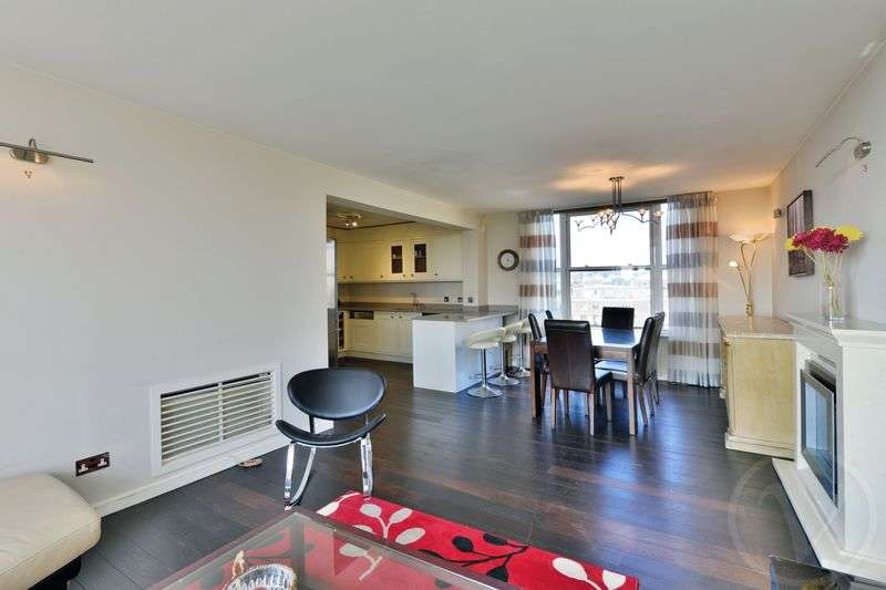 3 Bedrooms Flat for sale in Boydell Court, St. Johns Wood Park, St Johns Wood, London, NW8