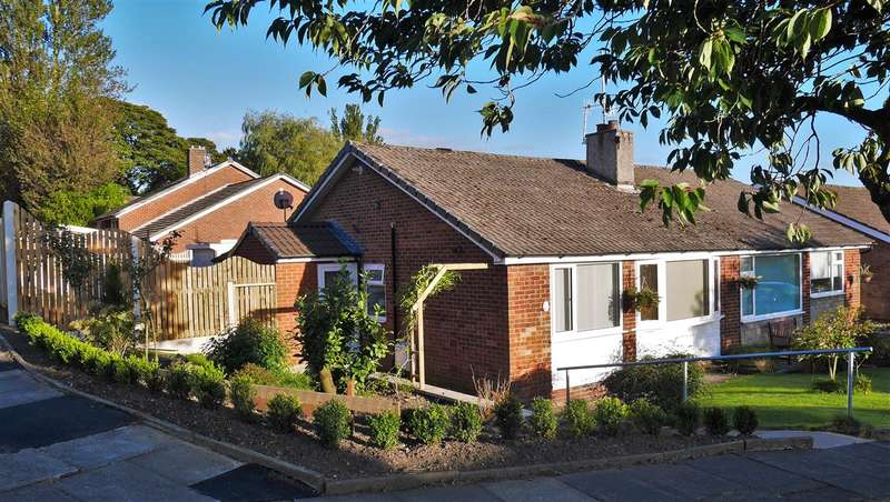 2 Bedrooms Semi Detached Bungalow for sale in Thirlmere Avenue, Colne