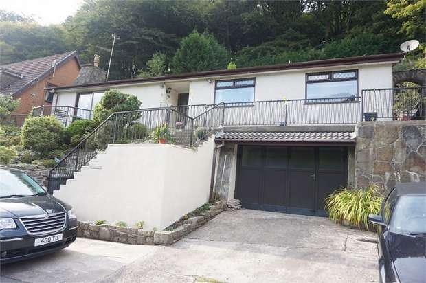 3 Bedrooms Detached Bungalow for sale in Pontbren Road, Crumlin, NEWPORT, Caerphilly