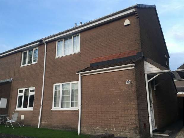 2 Bedrooms Semi Detached House for sale in Cae'r Wern, Merthyr Tydfil, Mid Glamorgan